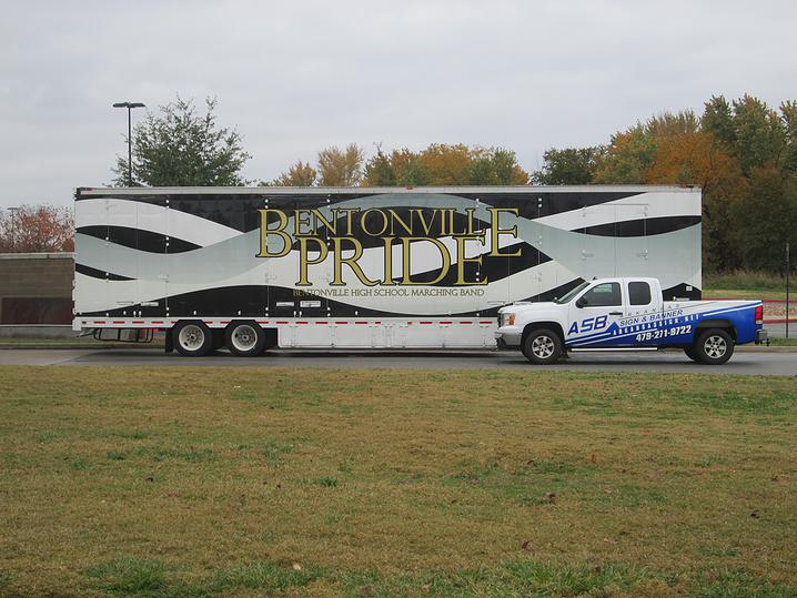 Vehicle Wrap / Graphic 11